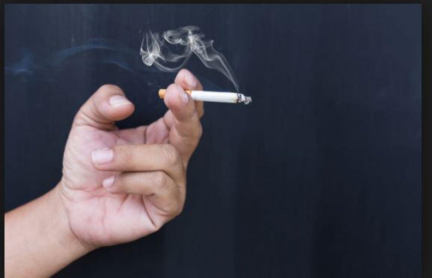 सिगरेट पीने से मना करने पर हुई बहस, पुलिस तक पहुंचा मामला और फिर...