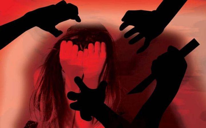 घर में सो रही मां-बेटी पर धारदार हथियारों से जानलेवा हमला, एक की मौत