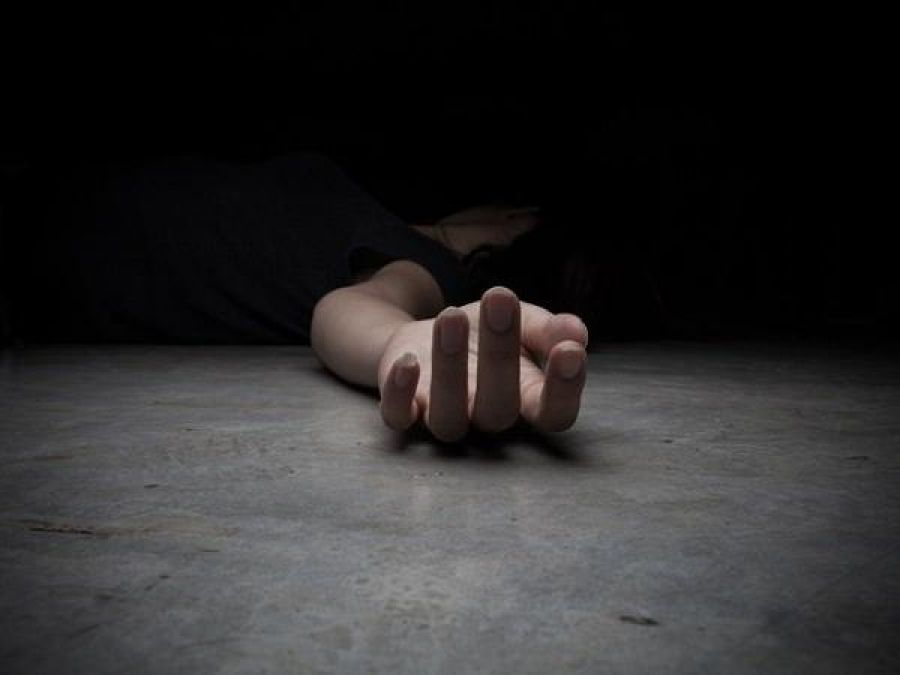 Man killed his wife then surrendered at the police station
