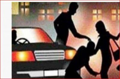 A 17-year-old girl was abducted and gang-raped, miscreants arrested