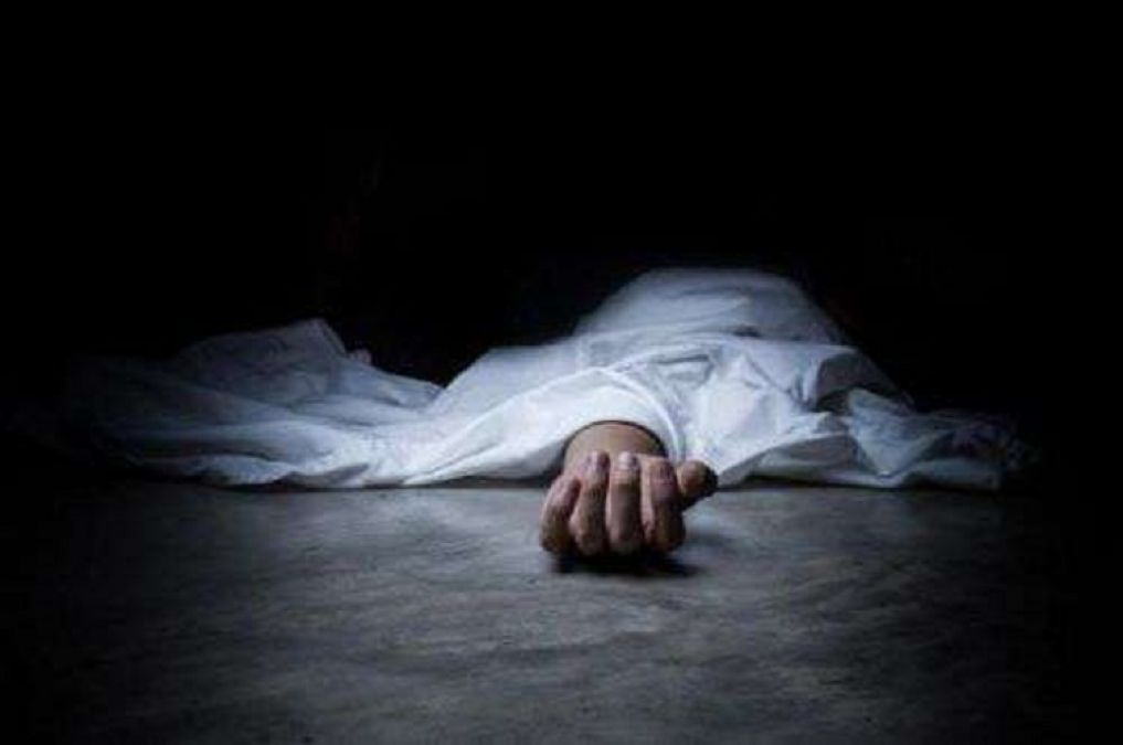 Jharkhand: Dead body of unidentified youth found floating in Ranchi pond, investigation underway