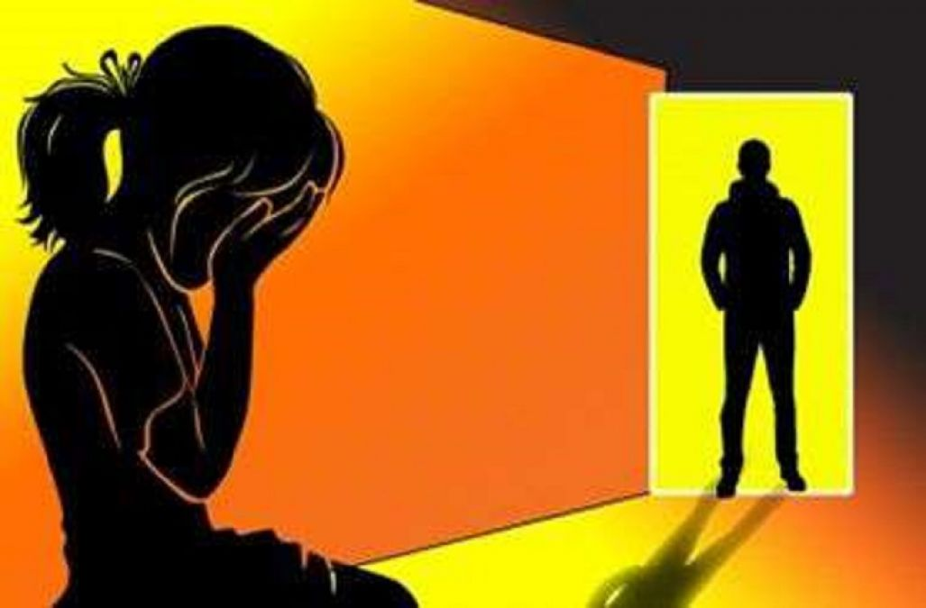 Minor raped in the toilet, neighbor turned out to be accused