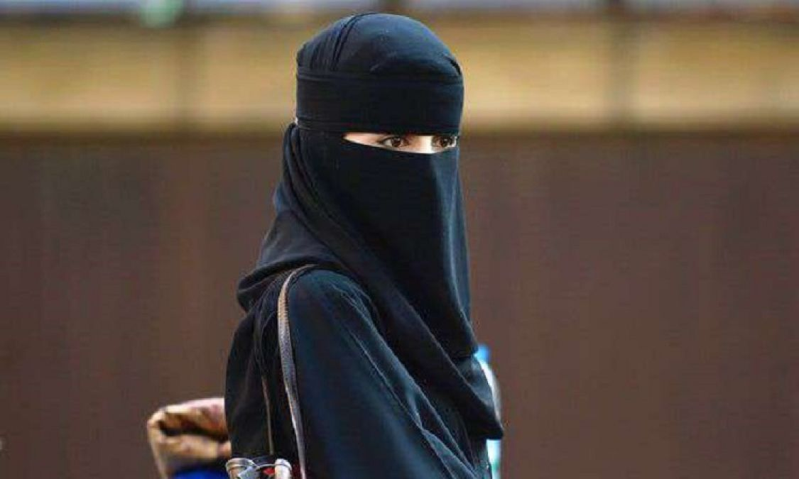 Uttar Pradesh: Husband gave triple talaq to wife due to illicit relations with another woman