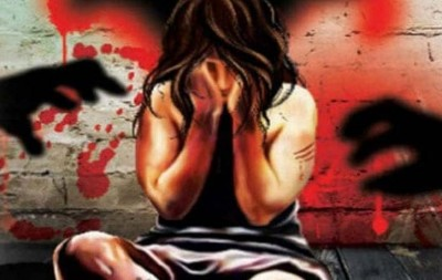 Mumbai: man throws woman from train after raping her