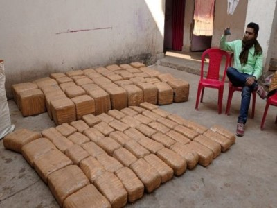 4 smugglers arrested with 9 quintal ganja in DRI raid