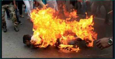 Man set himself on fire in father's clinic