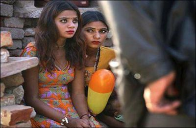 Bid of 16-year-old teenager starting at 50 thousand rupees, people gathered to buy