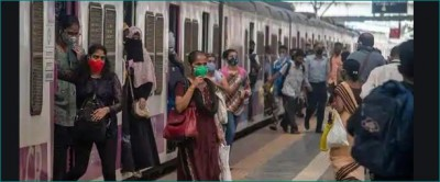 Mumbai: Husband allegedly pushes wife from moving train