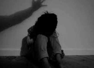 Father molesting twin daughters for 4 years, investigation underway