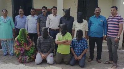 जिन्दा लोगों के डेथ सर्टिफिकेट बनाकर डकार जाते थे बीमे की राशि, मुंबई पुलिस ने किया भंडाफोड़
