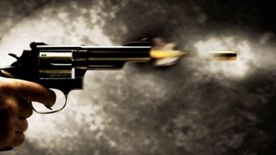 This man showered continuous bullets on the lady; critical condition!