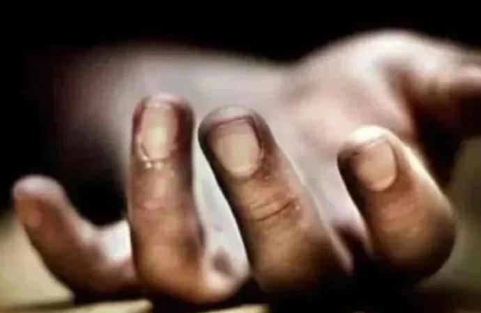 शराब छोड़ने के लिए कहती थी माँ, कलयुगी बेटे ने जिन्दा जलाकर मार डाला