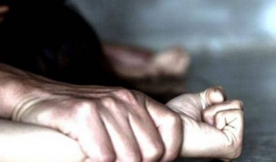 Husband forced wife to drink liquor, then raped her with friends