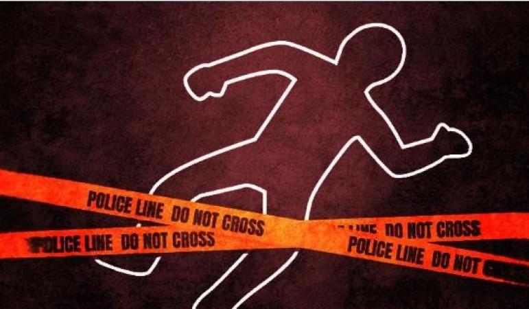 कोरोना पॉजिटिव महिला के बैग में दिखे 500 रुपए, चुराने के लिए अस्पताल के कर्मचारी ने ही कर दी हत्या