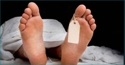 Man hang himself and commits suicide due to shortage of money