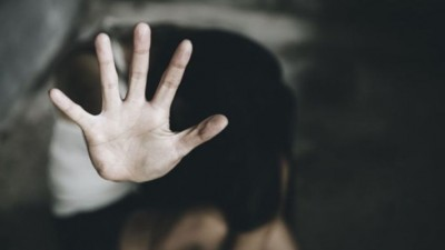 5 slippers and Rs. 50,000..., minor rape victim mocked in the name of 'Justice'