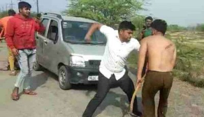 Mob beats two youths after saying 'Do you think it's Delhi?'