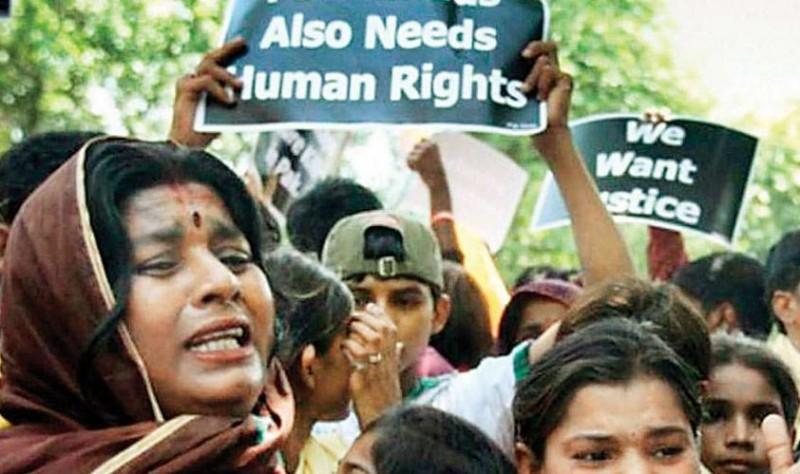 पाकिस्तान में हिन्दू परिवार के 5 लोगों की हत्या, संदिग्ध परिस्थिति में मिले शव