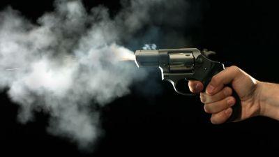 पति को पसंद नहीं आया पत्नी का कैटवॉक मार दी गोली