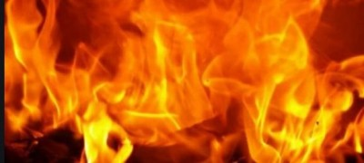 Burning dead body of girl found in empty field, police engaged in investigation