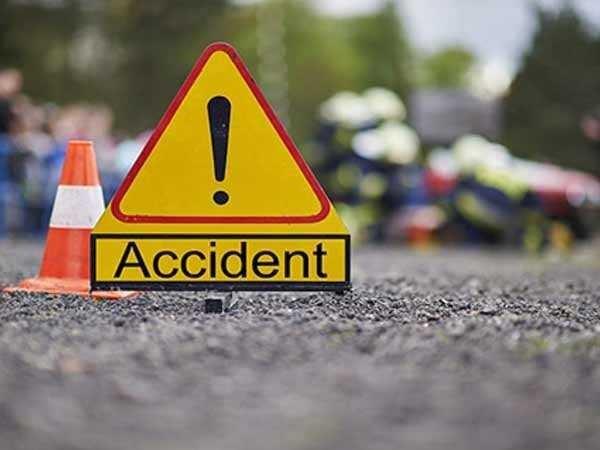 सड़क हादसे ने छीन ली 4 लोगों की जिंदगी