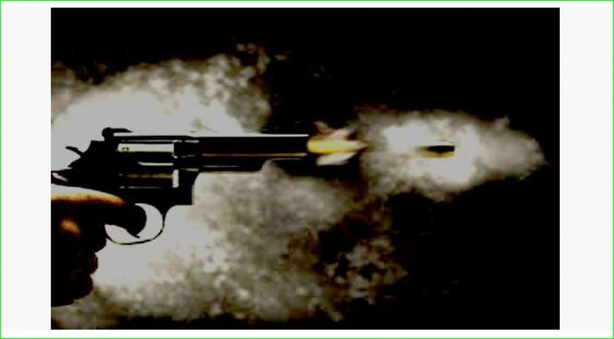 Brother shoots sister's father-in-law in front of court, orders of arrest issued