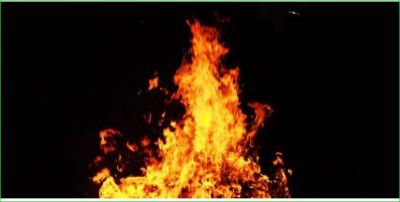 Young man burnt alive due his illicit relations with a woman