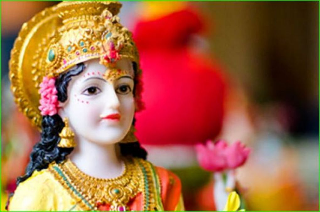This Diwali worship by keeping lamp in this direction, you will get wealth and opulence
