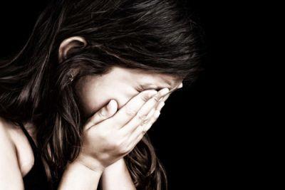पहले किशोरी से किया दुष्कर्म, फिर बेरहमी से पीटा