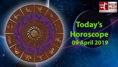 Daily Horoscope: Due to a transit of Moon these 7 zodiacs are going to see the benefit in Career