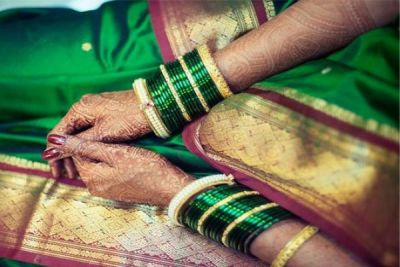 This is why women wear green bangles in Sawan