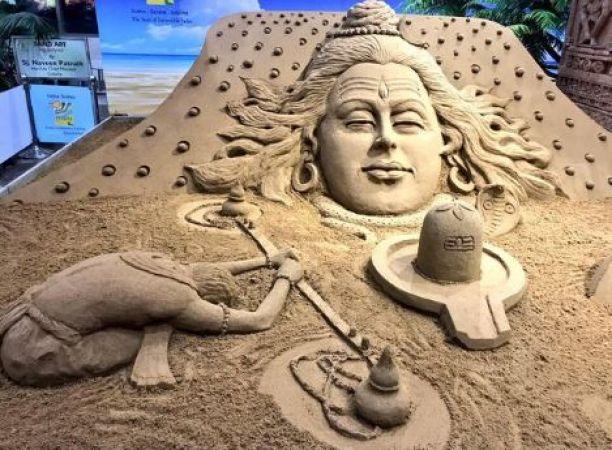 Sudarsan Pattnaik posts picture of sand art on occasion of Shrawan
