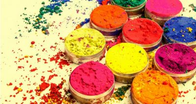 This Rangpanchmi select these 5  colours to improve Relations with your close and dear ones