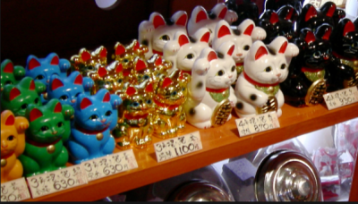 Why Japanese Cat idol is considered auspicious to keep at home? Know the reason here