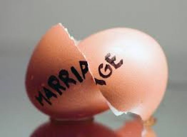If your married life is not happy then try These  remedies