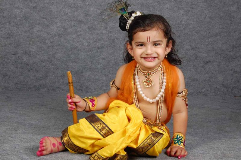 Janmashtami Special: How to dress up your kid like Krishna