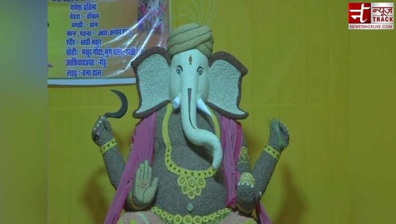 Devotees of Lord Ganesha make eco-friendly idol of grains in Raipur