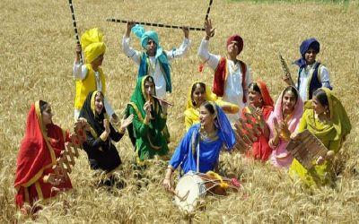 बैसाखी 2018ः सिक्ख धर्म के लोग इस पर्व को नये साल के रूप में मनाते हैं