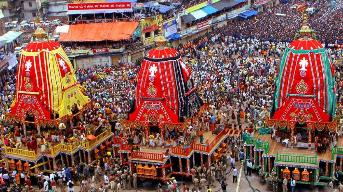 Jagannath Rath Yatra blessings are equal to a hundred Yajna