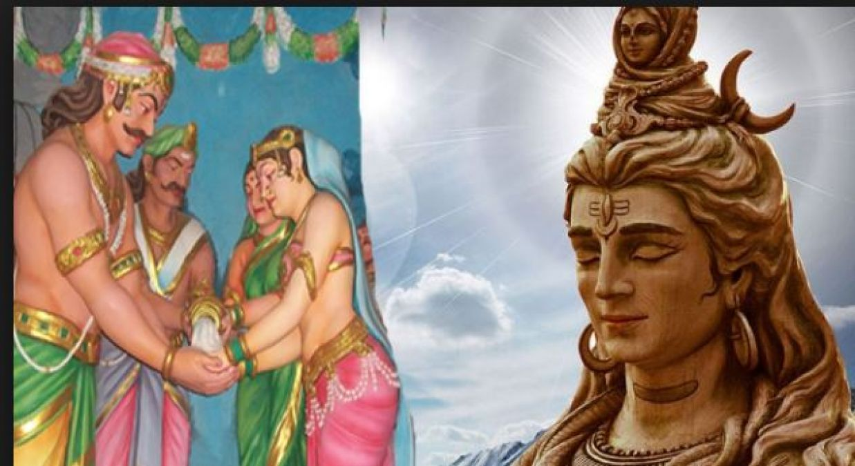 Delighted by the worship of Mandodri, Lord Shiva made her meet Ravana in a temple!