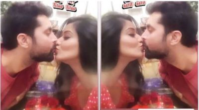 Monalisa and Vikrant Singh passionate lip-lock on Kiss Day going viral….have a look  here