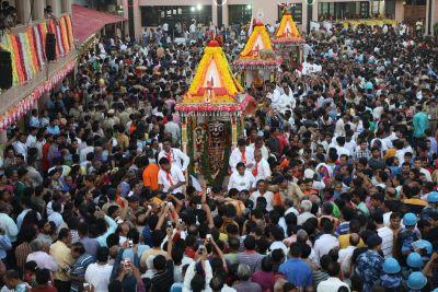 Ahmedabad: Lord Jagannath's Rath Yatra starts, Rupani-Shah offers prayers