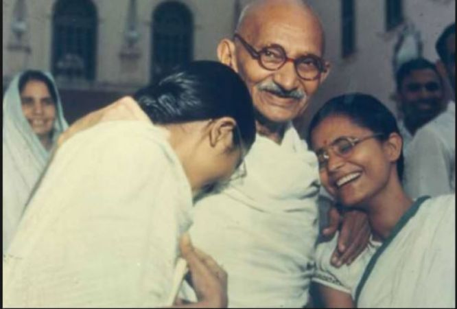 If you also believe that Gandhi is a Mahatma, then these 5 facts will break your heart
