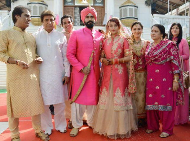 आर्य बब्बर ने की शादी, देखिये फोटो