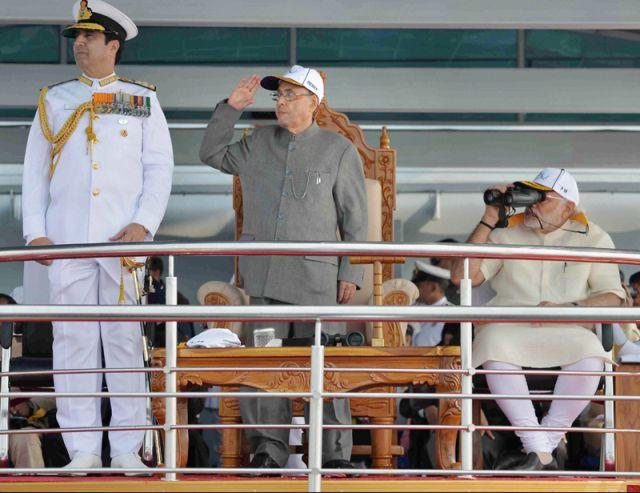 international fleet review में पहुंचे PM modi और राष्ट्रपति मुखर्जी