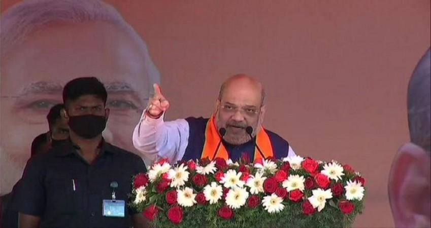 बंगाल चुनाव: रैली में बोले अमित शाह- 'दीदी 10 मिनट मोदी जी को और मुझे गालियां बोलती हैं'