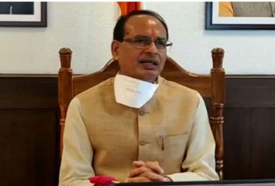 Shivraj calls Kamal Nath, asks him to help in battle with corona
