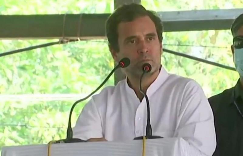 पलायन शुरू होने पर बोले राहुल गांधी- प्रवासियों के खाते में कब पैसा डालेगी सरकार...