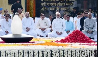 President, PM pay tribute to Atal Bihari Vajpayee