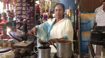 VIDEO: Mamata does Modi, makes tea in a stall and shares with locals